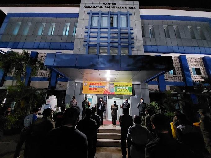 Hari Kelima PPKM, Petugas Gabungan Balikpapan Utara Sisir Sepanjang Jalan Soekarno Hatta
