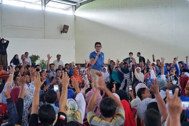 Di Banyuwangi, Sandiaga Dengarkan Curhat Tentang Ketidakadilan
