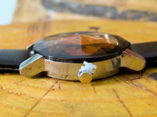 Diamentowy zegarek