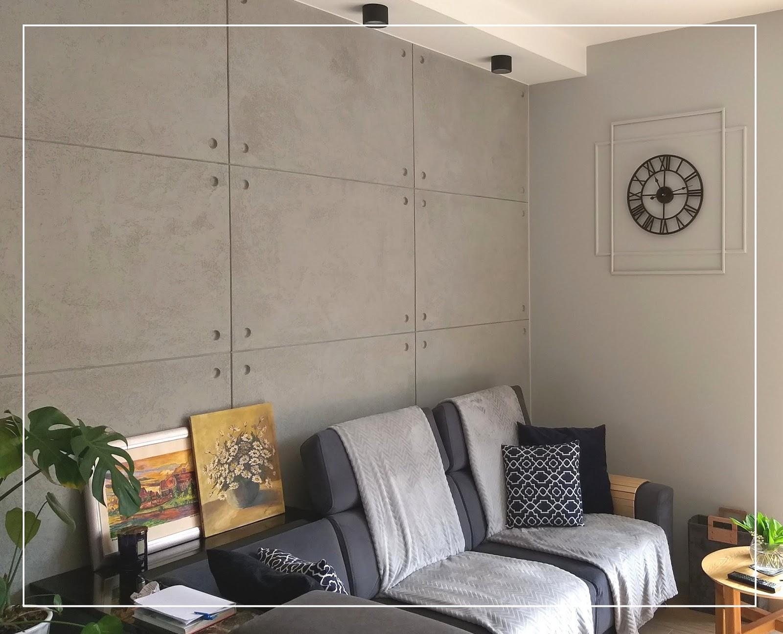 Aranżacja ściany w salonie. Dekoracyjne DIY - zrób to sam.