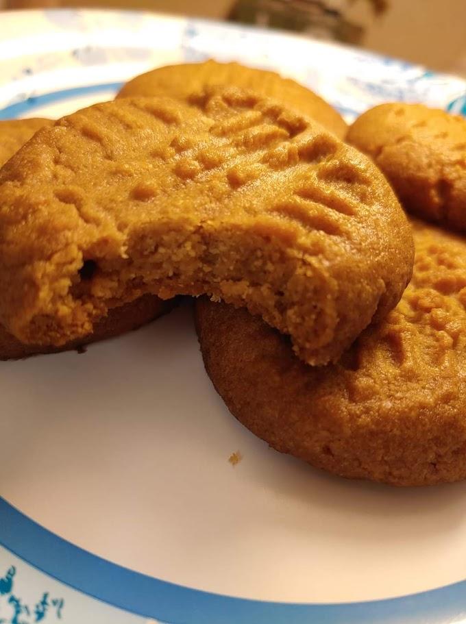 Easy 3-Ingredient Peanut Butter Cookies