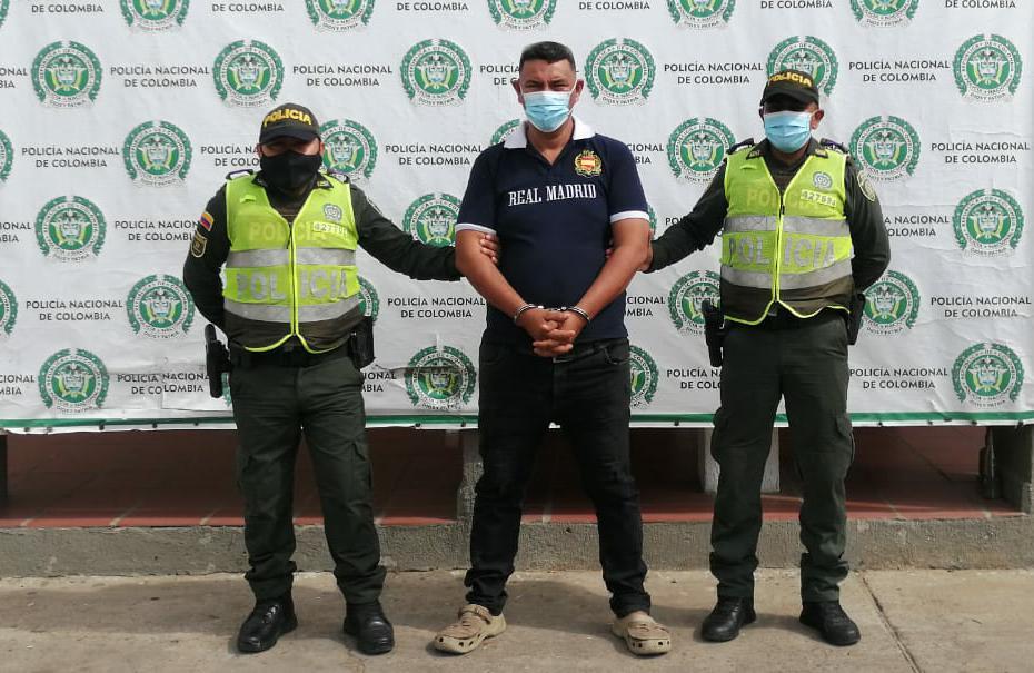 https://www.notasrosas.com/Policía Guajira aprehende en Maicao, a un hombre por violencia intrafamiliar