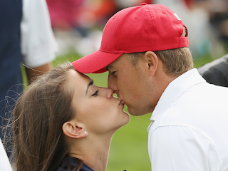 Jordan Spieth Kissing His Wife Annie Verret