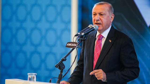 """Η Τουρκία ετοιμάζεται να """"κόψει"""" τους διπλωματικούς δεσμούς με τα ΗΑΕ"""
