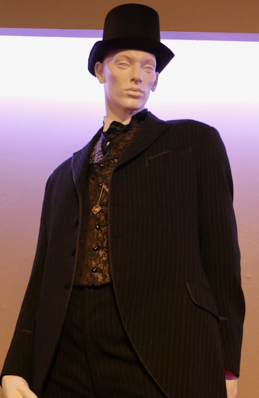 Dominic West Colette Willy costume