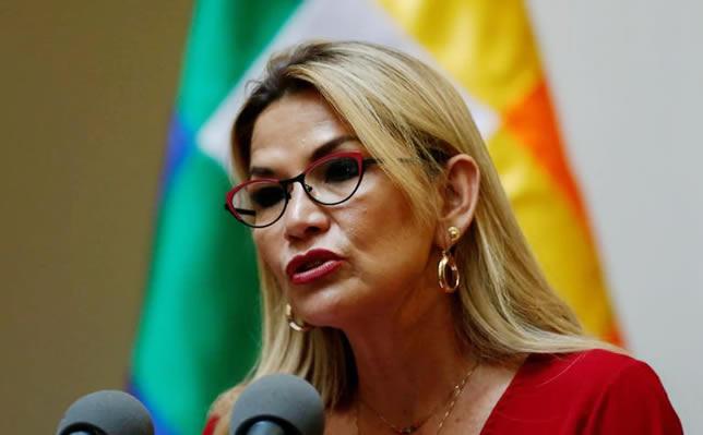 Gobierno de Áñez suspende relaciones diplomáticas con Cuba