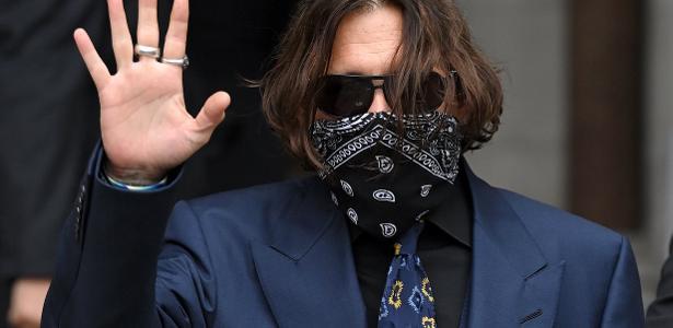 Johnny Depp pede adiamento de julgamento para participar das filmagens de 'Animais Fantásticos 3'   Ordem da Fênix Brasileira