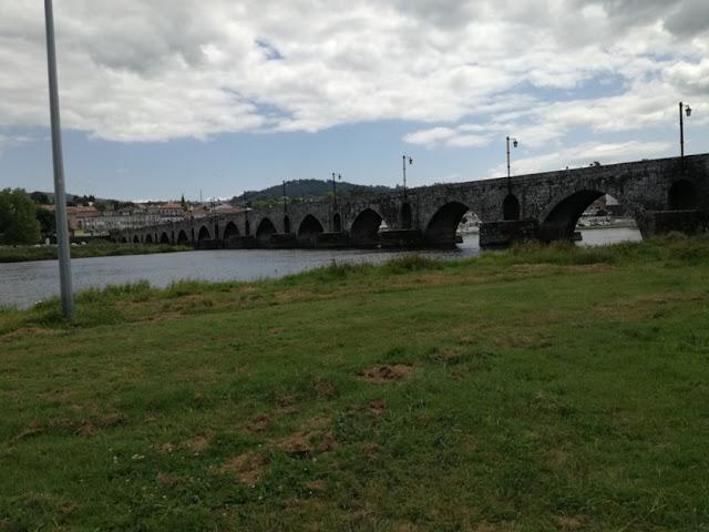Ponte medieval Rio Lima em Ponte de Lima