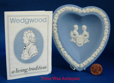 https://timewasantiques.net/products/heart-dish-birth-prince-william-charles-diana-wedgwood-1982-jasperware-boxed