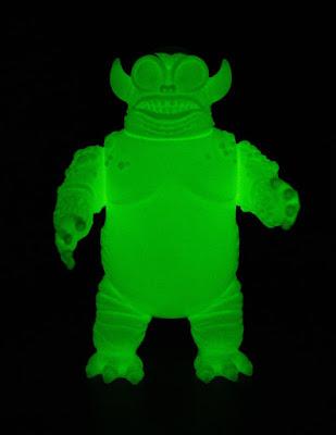 Kaaarg Glow in the Dark Unpainted Edition Vinyl Figure by Jeff Lamm x Clutter