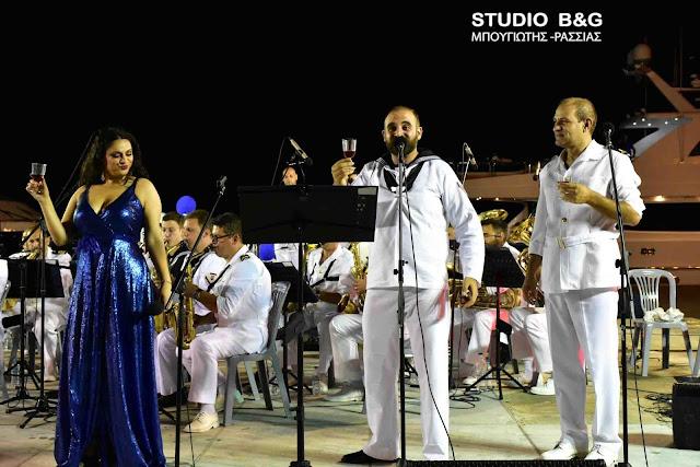 Εντυπωσίασε η μπάντα του Ελληνικού Πολεμικού Ναυτικού στο 28ο Μουσικό Φεστιβάλ Ναυπλίου (βίντεο)