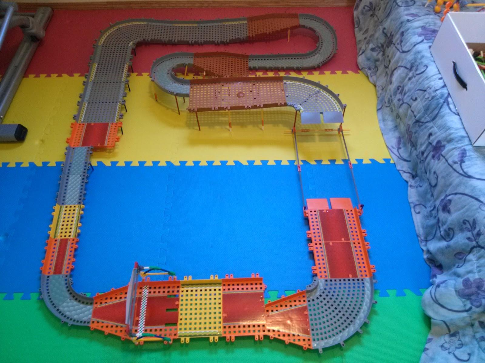Mario Circuit Ultimate Building Set 744476385017