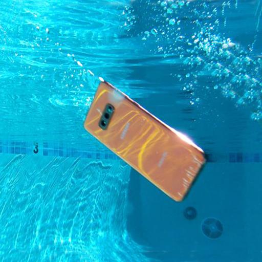 أحد تطبيقات Android التي تختبر مقاومة الهاتف للماء
