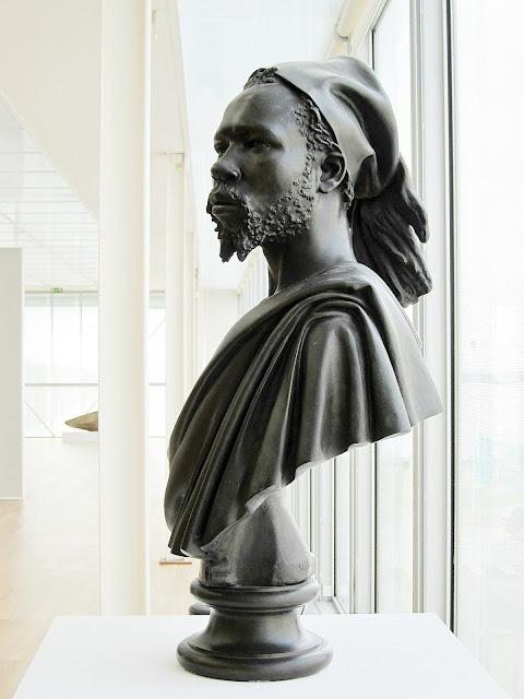 Charles Cordier (1827-1905) Le Nubien (1848) Buste en bronze, 85cm Musée d'art moderne André-Malraux (MUMA), Le Havre
