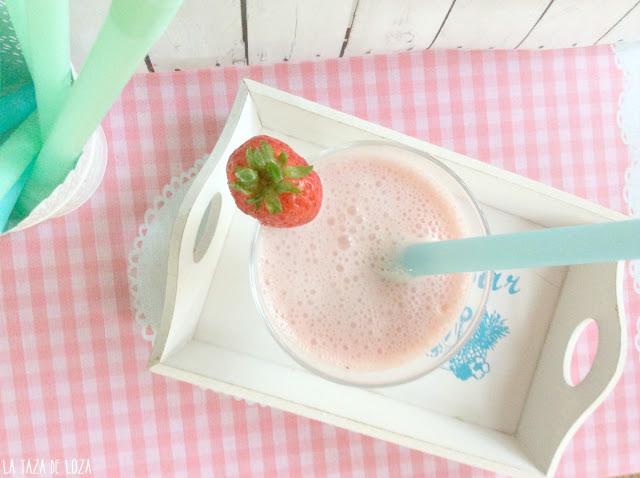 smoothie saludable de fresas