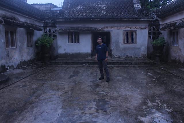 Putra Seorang Perjaka Beragama Islam Suku Jawa Berprofesi Pegawai Di Blitar Jawa Timur Mencari Jodoh Pasangan Wanita Untuk Jadi Pacar, Teman Kencan Atau Teman Tapi Mesra (TTM)