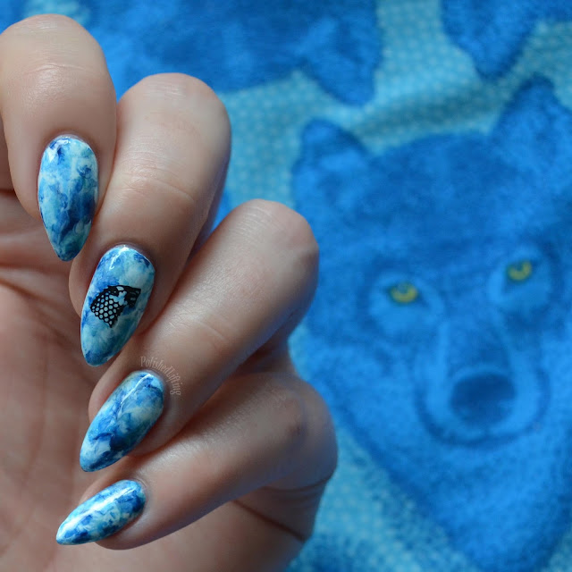 smooshy blue manicure with dire wolf