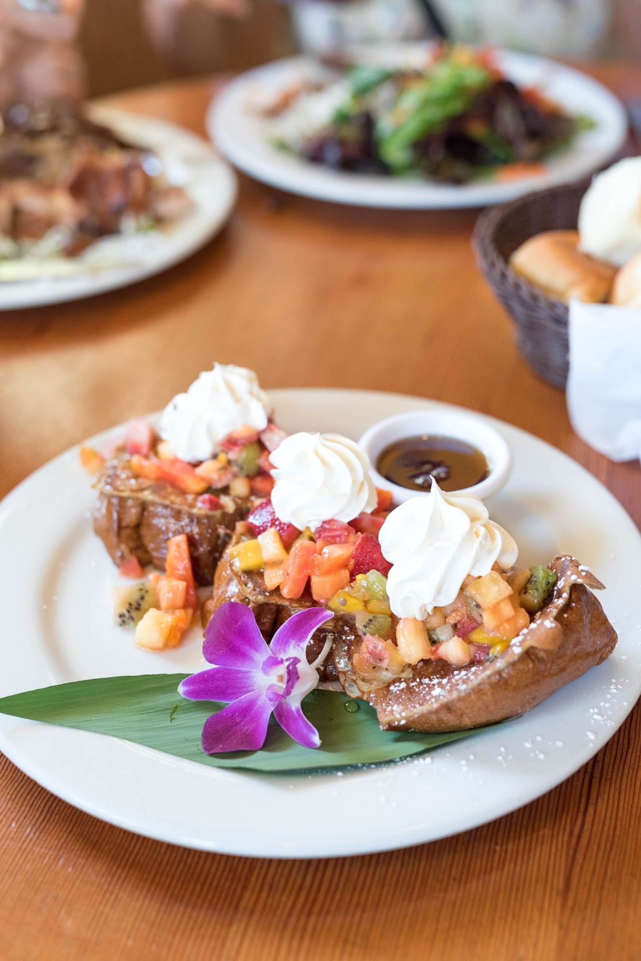 hawaiian french toast, sweet bread, tropical fruit, best food in southern california, torrance things to do, review, food blogger, utah travel blogger