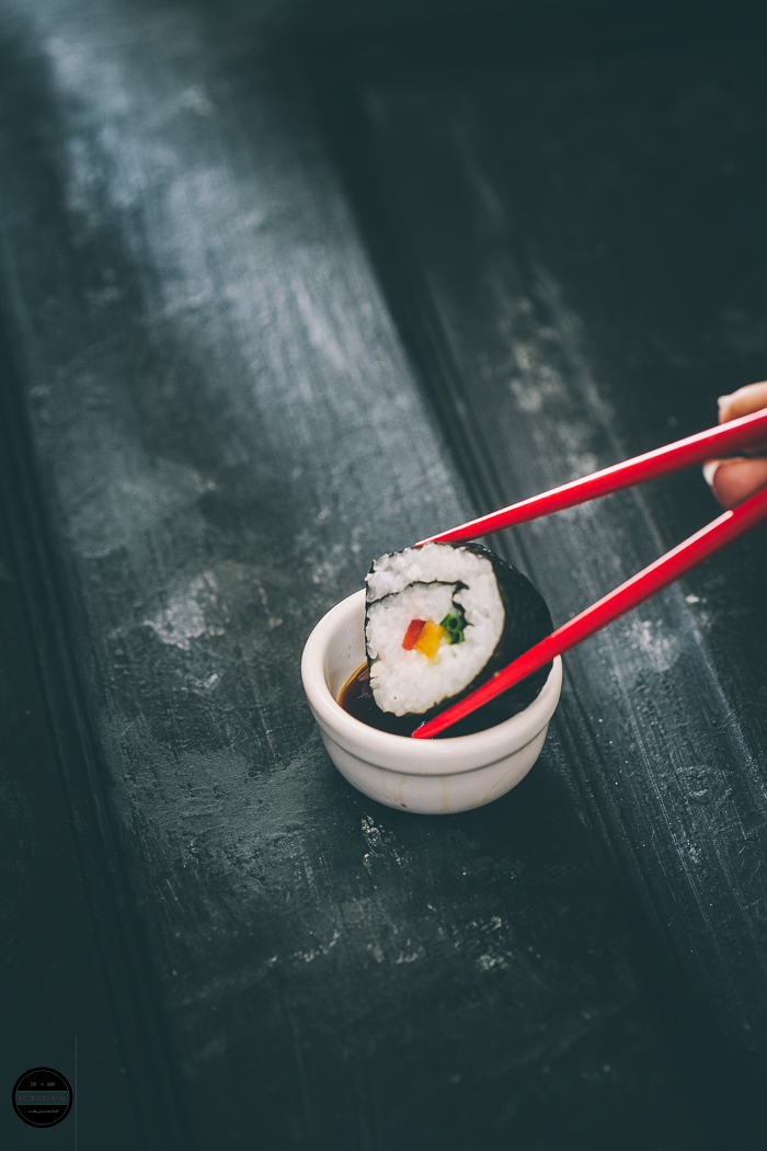 Sushi is a Japanese delicacy and Vegan Avocado and Mango Sushi,These bite-sized pieces are delicious and satisfying and prepared with vinegar flavoured rice, Avocado, Mango and Nori (seaweed) sheets. If you love eating Sushi, it can be made in your own home whilst experimenting with fillings.