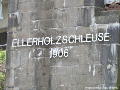 Hafenrundfahrt Hamburg Ellerholzschleuse
