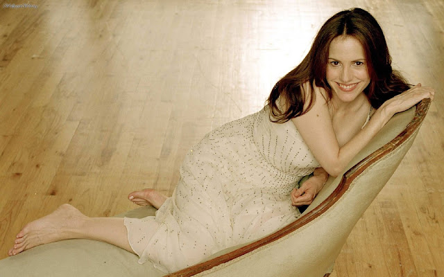 Mary Louise Parker HD Wallpapers Free Download