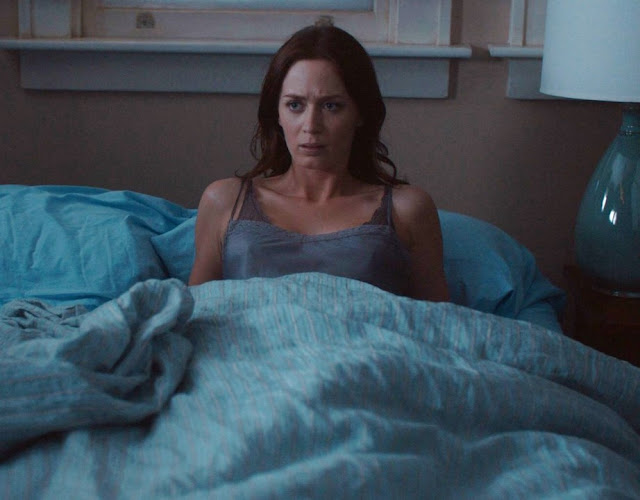 Emily Blunt Pictures in The Five-Year Engagement Actress Trend
