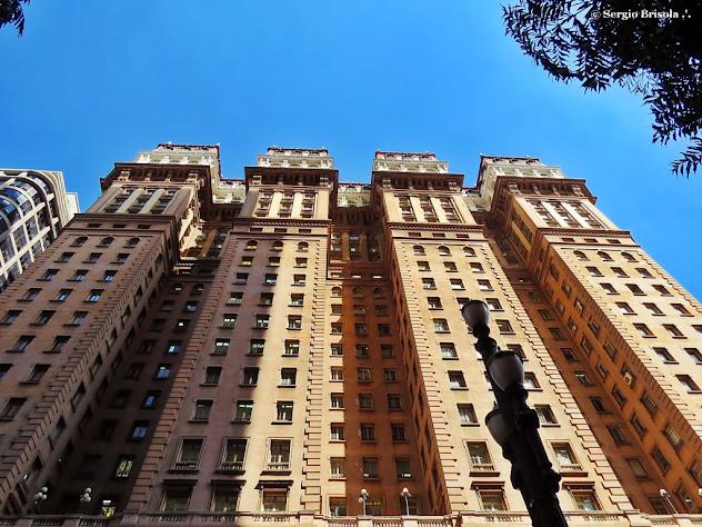 Fachada do Edifício Martinelli, o Bolo de Noiva - Centro - São Paulo