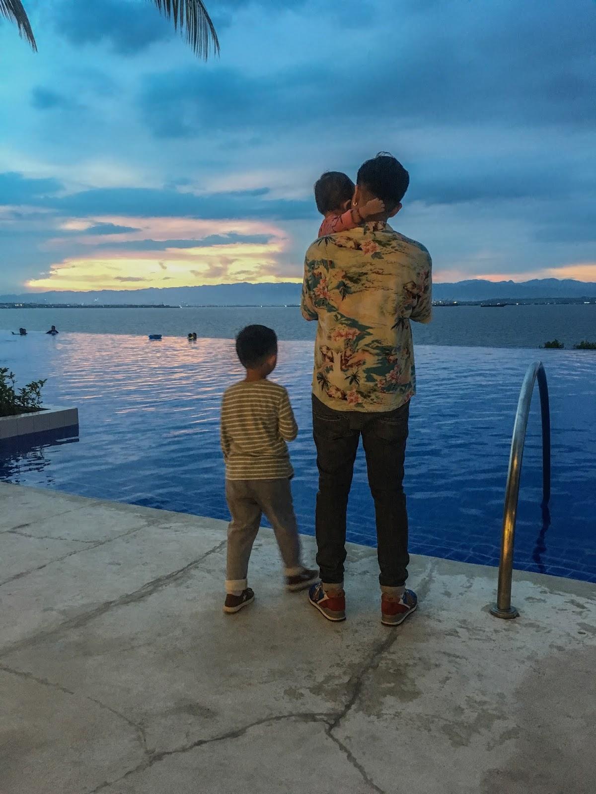 Dusit Thani Mactan sunset view