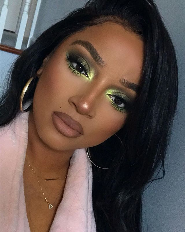 Maquiagem sombra verde neon