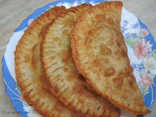 Suberec cu carne reteta de casa dobrogeana retete suberek turcesc prajit gustare stradala mancare fast food placinte branzoaice,