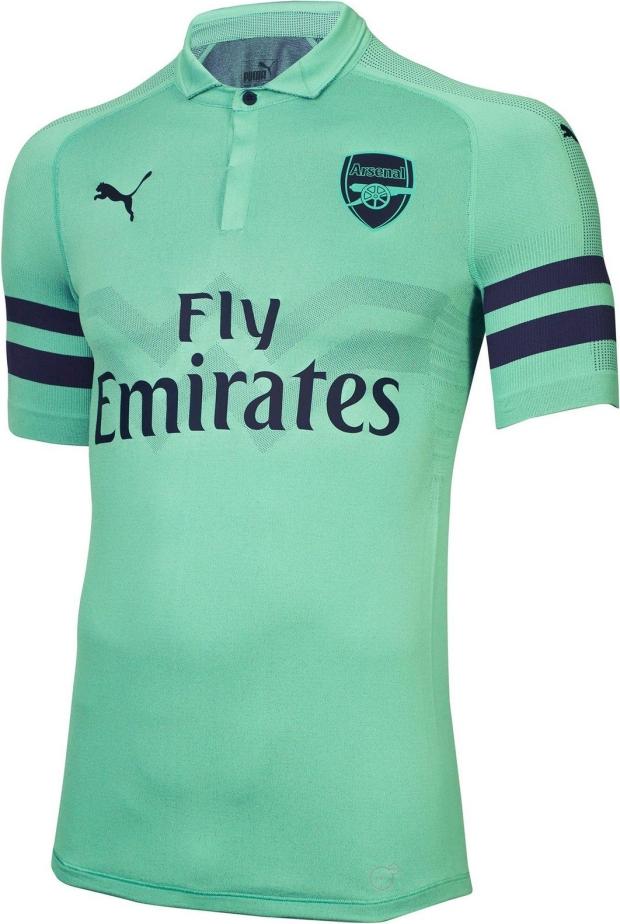 Puma divulga a nova terceira camisa do Arsenal - Show de Camisas 2ef4013b40647
