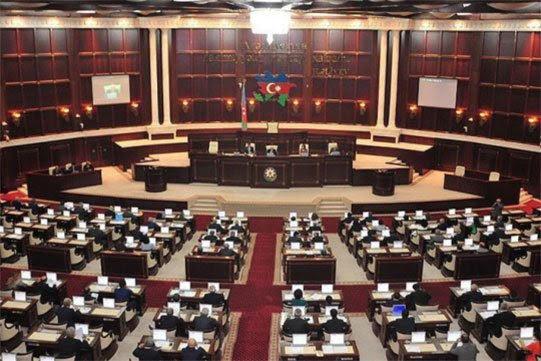 Azerbaiyán celebrará elecciones anticipadas