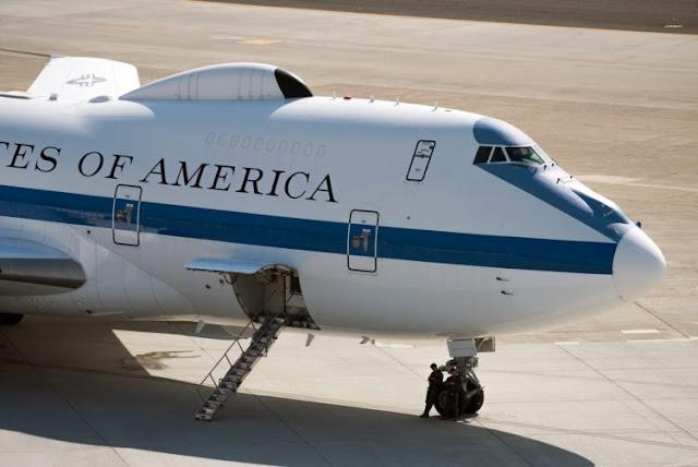 E-4B chuyên cơ tận thế