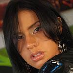 Andrea Rincon, Selena Spice Galeria 5 : Vestido De Latex Negro Foto 150