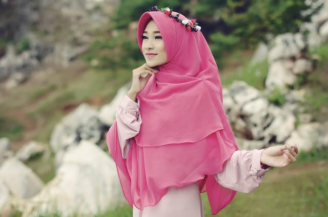 Tips Memilih Bahan Hijab Pashmina