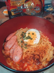 MIE SEDAAP KOREAN SPICY SOUP (REVIEW) : Promoted by Choi Siwon Oppa, Who won't try it?  😉