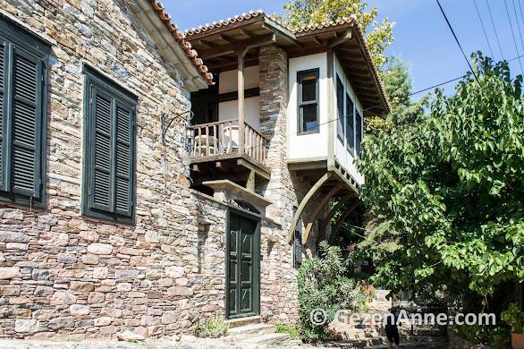 restore edilmiş Doğanbey köyü tarihi evleri