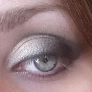 gray smoky eyeshadow