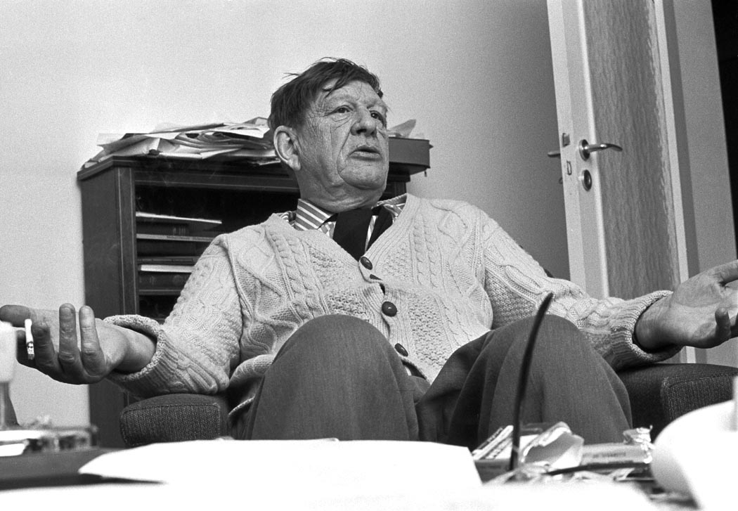 examining w h auden and the W h auden: w h auden, english-born poet and man of letters who achieved early fame in the 1930s as a hero of the left during the great depression most of his verse dramas of this period were written in collaboration with christopher isherwood in 1939 auden settled in the united states, becoming a us.