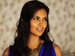 Actress Esha Gupta Simple Photos | Latest Pics