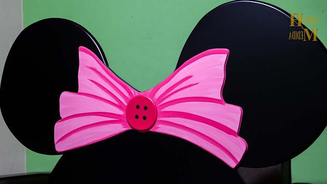 cama-mini-rosada-para-niña-con-grandes-orejas