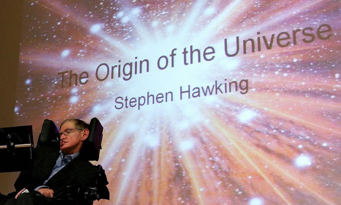 Nhà vật lý lý thuyết Stephen Hawking trong một bài thuyết trình ở Đại học Free tại Berlin, Đức. Hình ảnh: Alamy Stock Photo.