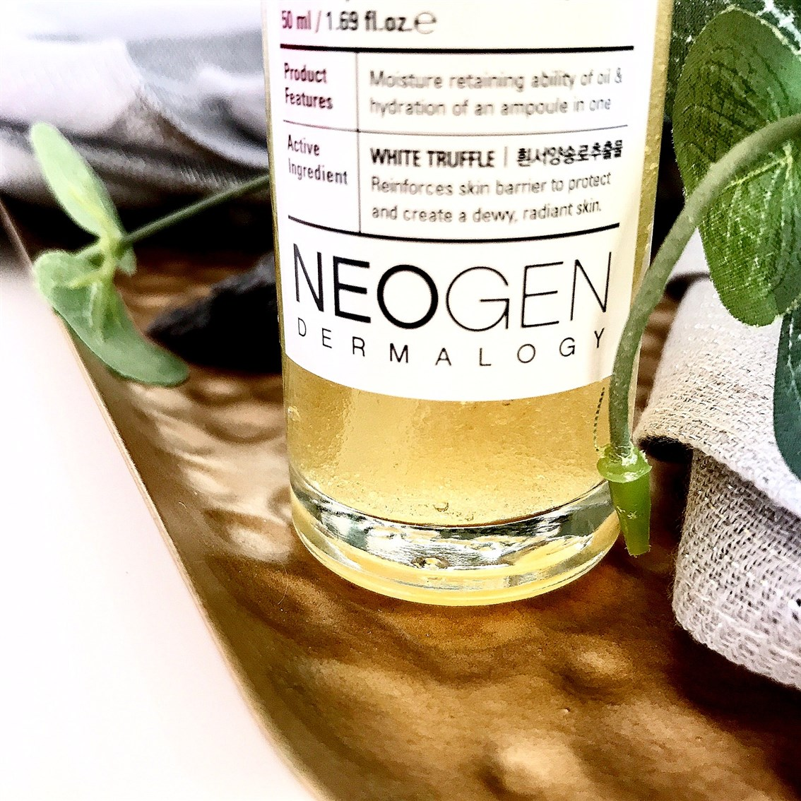 Neogen White Truffle Serum konsystencja