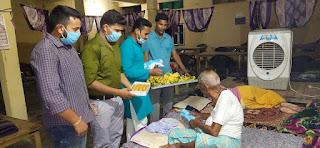 सत्यम ने वृद्धा आश्रम में मनाया अपना जन्मदिन  #NayaSaberaNetwork