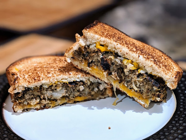 Vegetarian Mushroom Patty Melt