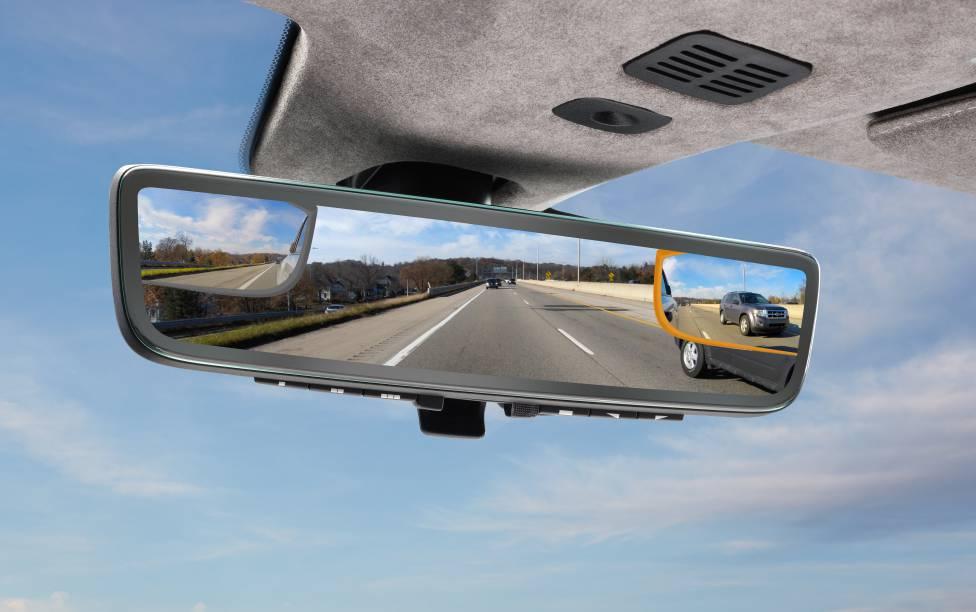 The Smart Car Mirror 3 screens in 1 blixbly blixbly.com
