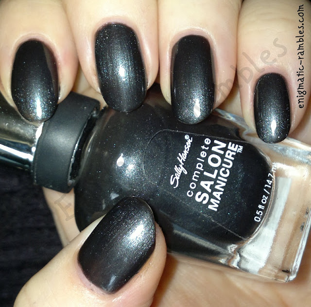 swatch-sally-hansen-black-platinum-340