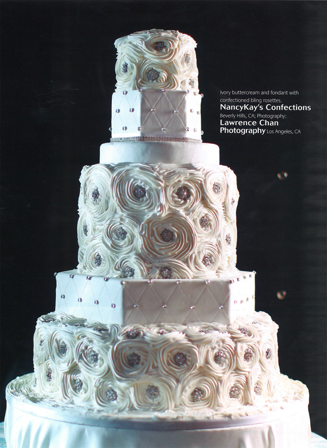 wedding cake bling beautiful cakes that sparkle shine ideal pr media. Black Bedroom Furniture Sets. Home Design Ideas
