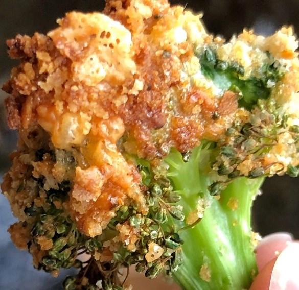 Crispy Cheese Baked Broccoli #keto #healthysnack
