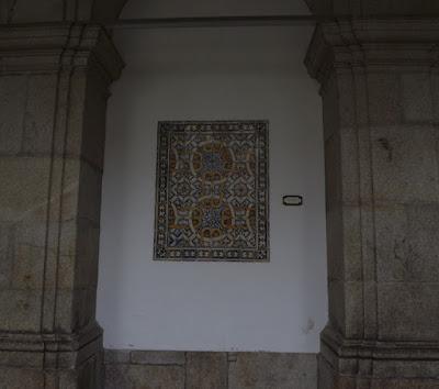 azujeljos na Biblioteca Municipal do Porto